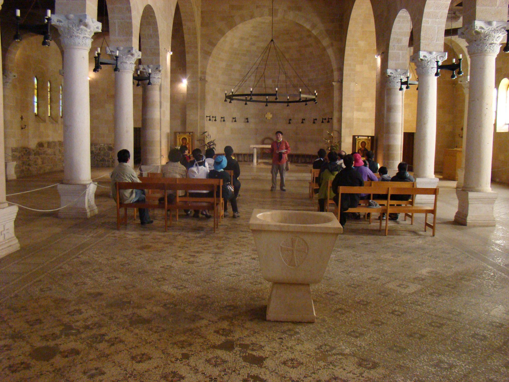 אולם כנסיית הלחם והדגים, טיילת הבשורה בצפון הכינרת