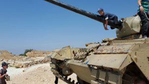טנקים באנדרטת הר אדר