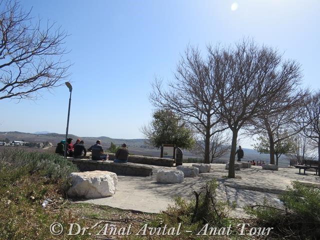 """תצפית רמפת התיירים עין זיוון (צילום: ד""""ר ענת אביטל)"""