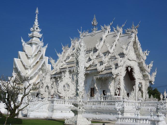 """המקדש הלבן בצפון תאילנד, צ'יאנג ראי Wat Rong Khun Thailand (צילום ד""""ר ענת אביטל)"""