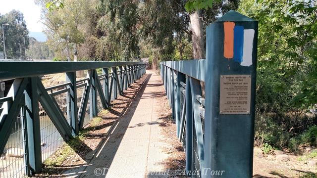 """שביל ישראל בנחל שניר, צילום: ד""""ר ענת אביטל"""