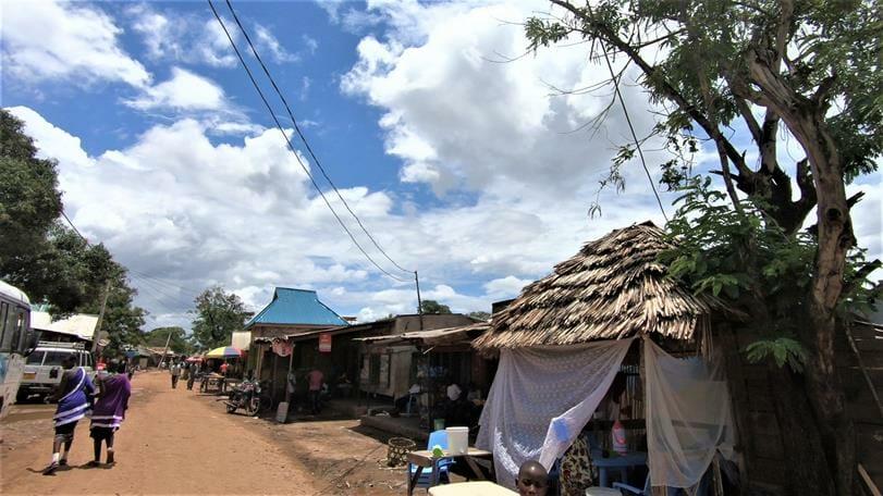 כפר בטנזניה, צילום: ד