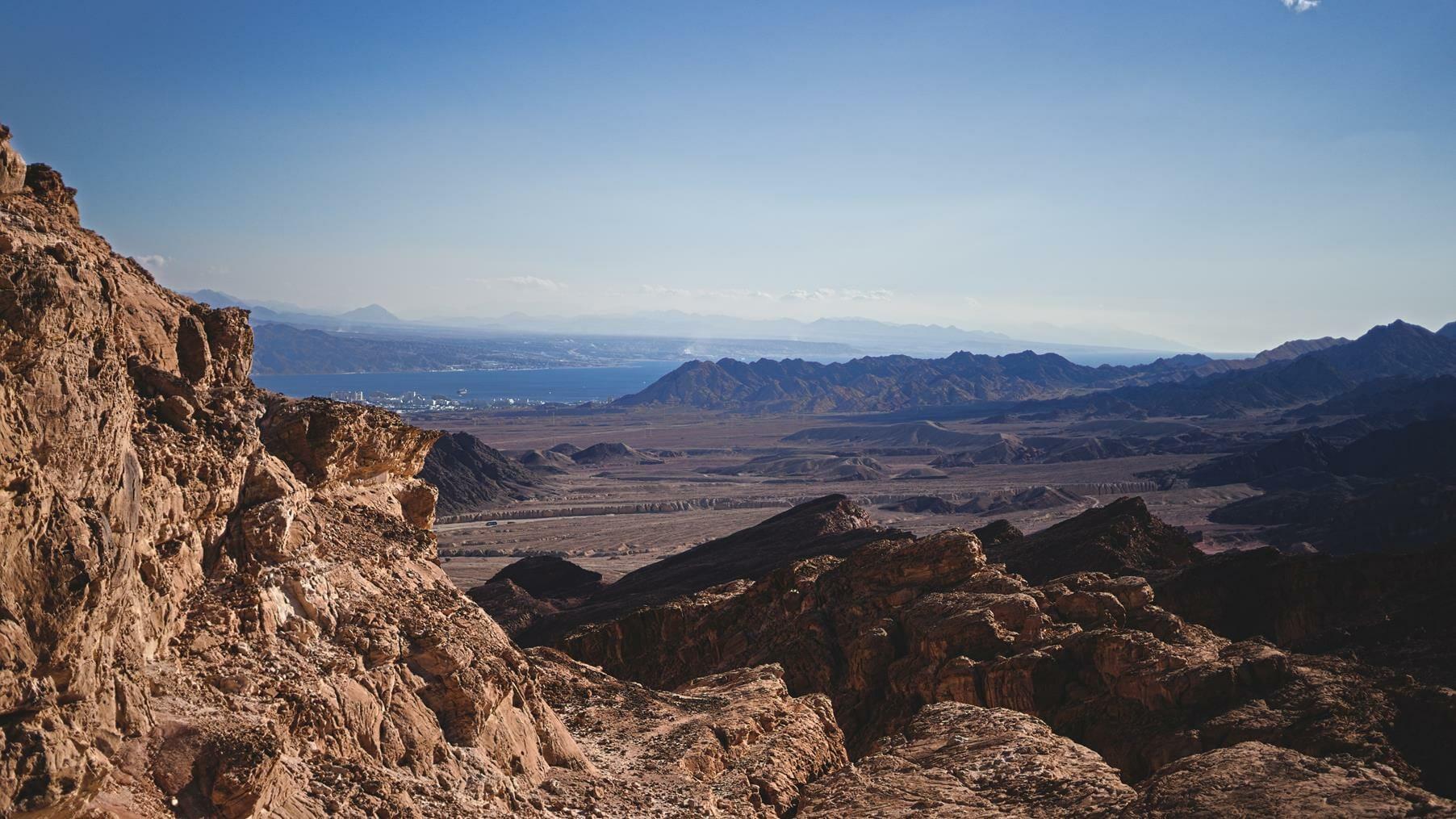 הר אמיר, טרק מיטיבי לכת בהרי אילת, צילום: יוסי אביטל