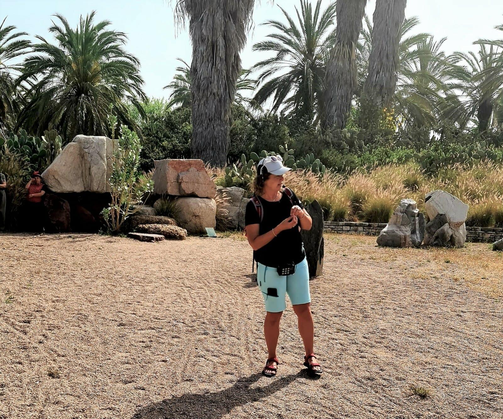 פארק הסלעים גני יהושע: סיור מודרך למועדון סגל אוניברסיטת תל אביב, צילום: סיגל איבס
