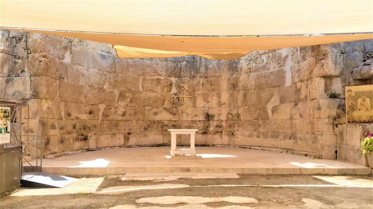 "אפסיס בזיליקה ביזנטית באמאוס, לטרון, צילום: ד""ר ענת אביטל"