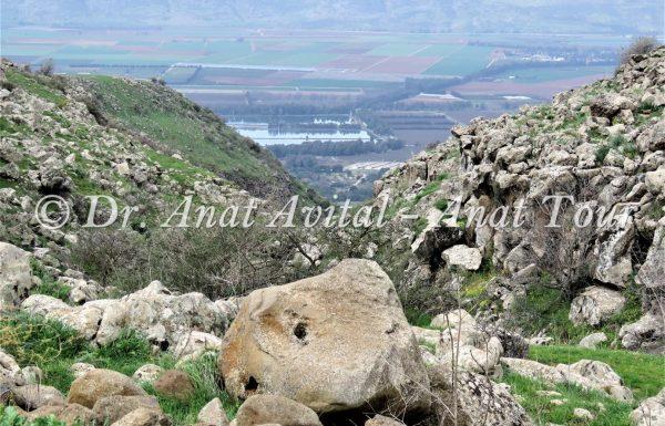 נחל עורבים: מסלול אתגרי בצפון הגולן